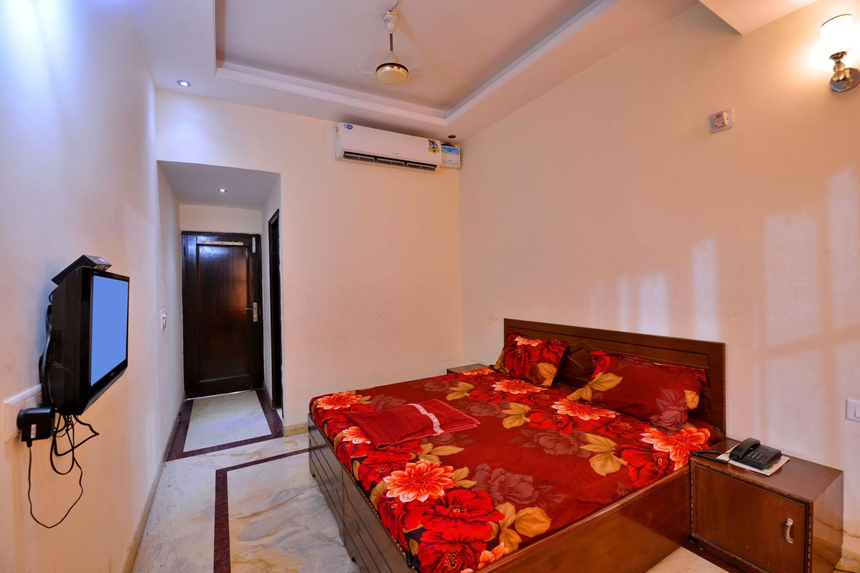 Hotel_manglam_room_sample8